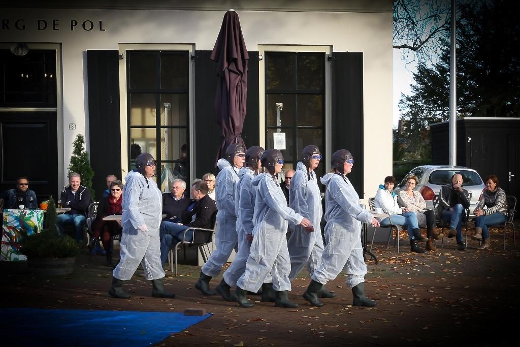 KMD 2015/01 - Theatergroep Ons Genoegen - foto Wim op den Dries